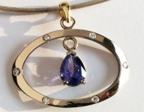 Teardrop Violet Sapphire in white Gold