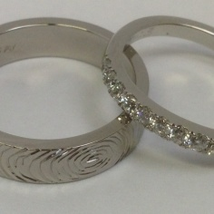 Fingerprint & Scallop set Diamonds